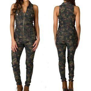 VIP Jeans Camouflage Jumpsuit size 15/16 *NWT*